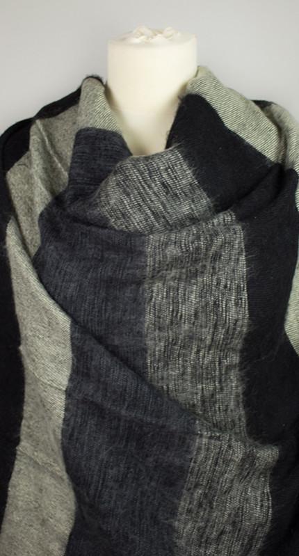 Yak Sjaal zwart grijs