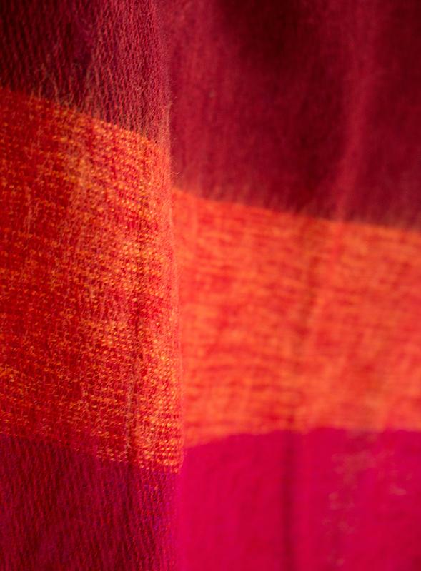 Nepal Omslagdoek Geel, Rood gestreept1